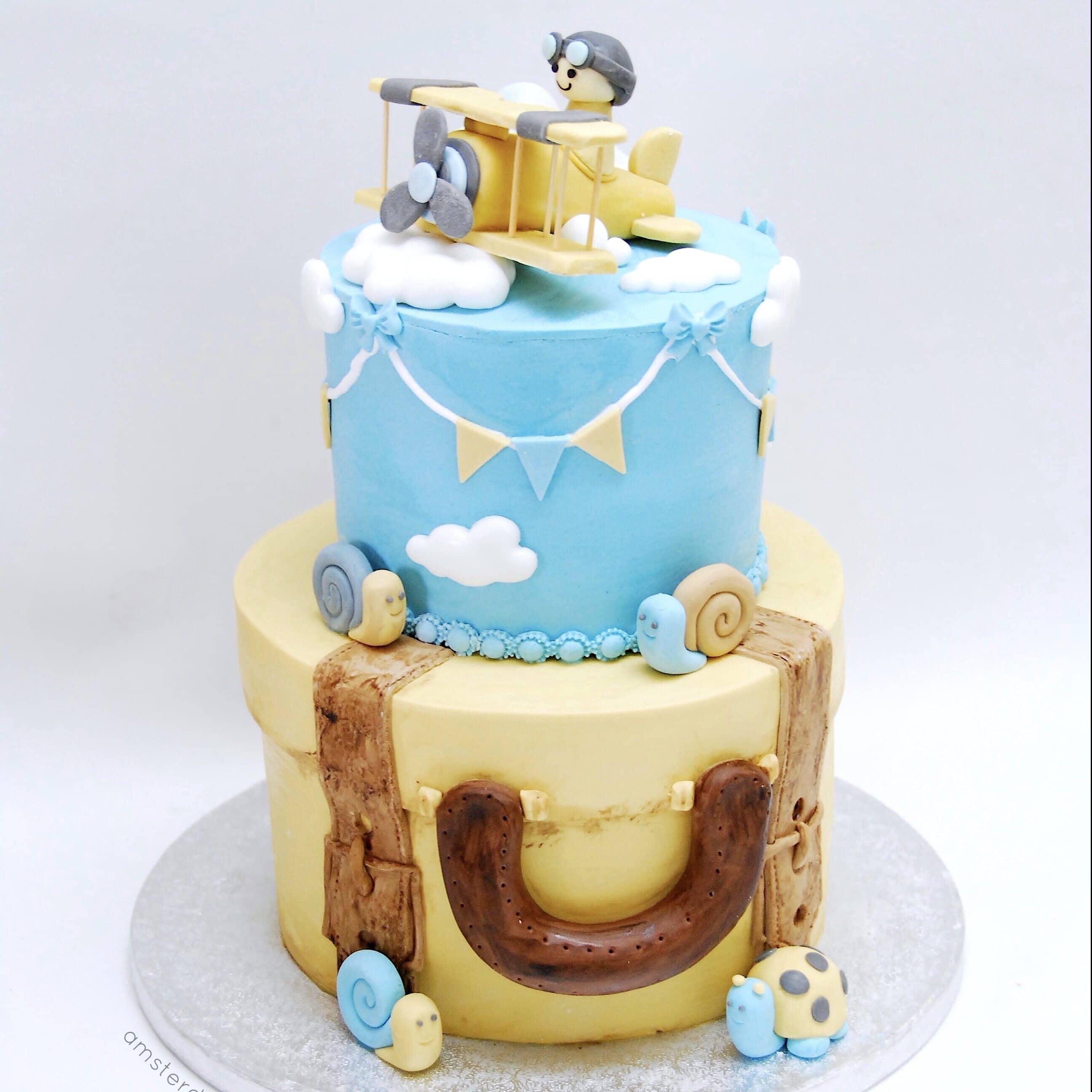 around the world taarten, wereldtaarten, op reis taarten, landentaarten, world cakes, travel cakes, reistaart, transporttaart, transport cakes. Vliegtuigtaart, airplane cakes, bus cakes, bus taarten, autotaarten, autotaart, car cake, order car cake, autotaarten bestellen, motorbike cake, motor cake, motortaart, motor taart, scootertaart, scooter cake, vervoerstaarten, Cupcakes, Cakes, cakes amsterdam, cake shop amsterdam, cupcake winkel amsterdam, taart amsterdam kopen, red velvet amsterdam, red velvet kopen, birthday cake amsterdam, verjaardagstaart amsterdam, red velvet cake, red velvet taart, american red velvet amsterdam, red velvet cake amsterdam, red velvet cake bestellen, wedding cake, bruidstaart, thema taart, theme cake, customized cake, corporate cake, big cake amsterdam, grote taart bestelling, stapeltaart bestellen, gender reveal cake amsterdam, gender reveal taart amsterdam, birthdayparty cake, kinderfeestje traktatie, , online taarten winkel, online taarten kopen, online taarten bestellen, webshop cakes, order cakes online, bakery amsterdam, amsterdam bakkerij, american bakery amsterdam, cheesecake kopen, cheesecake bestellen, red velvet cheesecake, birthdayparty cake, cupcake amsterdam, cupcakes kopen, cupcakes bestellen, online cupcake winkel, online cupcakes kopen, online cupcakes bestellen, webshop cupcakes, order cupcakes online, bakery amsterdam, cakepops amsterdam, cakepop winkel amsterdam, cakepops bestellen, cupcakes traktatie, corporate cupcakes, corporate cake, corporate gift, zakelijke cupcakes, fair trade gebak, fair trade taart, fair trade cake, fair trade cupcakes
