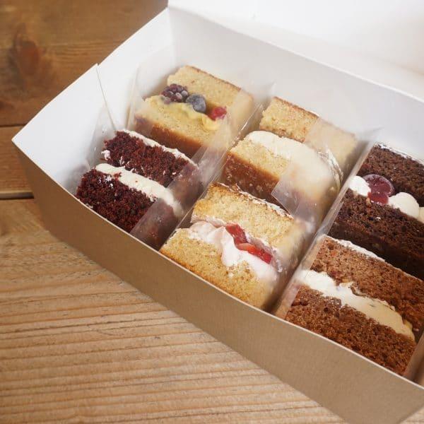Wedding cake sample box, tasting box, at home cake tasting box, cake sample box, thuisproeverij bruidstaart, at home wedding cake tasting, corona proof wedding cake tasting, bruidstaart proeverij, taart proeverij