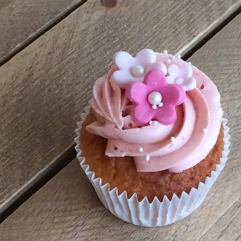 bloem cupcakes, bloemen cupcake, flower cupcakes, floral cupcake, flora cupcake, planten cupcakes, fruit cupcakes, cactus cupcakes, succulent cupcakes, cactus cupcakes, vetplant cupcakes, flowery cupcakes, wedding cupcakes, bruiloft cupcakes, trouwen cupcakes, trouwerij cupcakes, bruiloftcupcakes, wedding sweet table, cupcakes table, dessert table, wedding dessert table, Cupcakes, Cakes, cakes amsterdam, cake shop amsterdam, cupcake winkel amsterdam, taart amsterdam kopen, red velvet amsterdam, red velvet kopen, birthday cake amsterdam, verjaardagstaart amsterdam, red velvet cake, red velvet taart, american red velvet amsterdam, red velvet cake amsterdam, red velvet cake bestellen, wedding cake, bruidstaart, thema taart, theme cake, customized cake, corporate cake, big cake amsterdam, grote taart bestelling, stapeltaart bestellen, gender reveal cake amsterdam, gender reveal taart amsterdam, birthdayparty cake, kinderfeestje traktatie, , online taarten winkel, online taarten kopen, online taarten bestellen, webshop cakes, order cakes online, bakery amsterdam, amsterdam bakkerij, american bakery amsterdam, cheesecake kopen, cheesecake bestellen, red velvet cheesecake, birthdayparty cake, cupcake amsterdam, cupcakes kopen, cupcakes bestellen, online cupcake winkel, online cupcakes kopen, online cupcakes bestellen, webshop cupcakes, order cupcakes online, bakery amsterdam, cakepops amsterdam, cakepop winkel amsterdam, cakepops bestellen, cupcakes traktatie, corporate cupcakes, corporate cake, corporate gift, zakelijke cupcakes, fair trade gebak, fair trade taart, fair trade cake, fair trade cupcakeswedding cupcakes online, wedding cupcakes tasting, wedding cupcakes amsterdam, bruiloft cupcakes online bestellen, bruiloft cupcakes proeven, bruiloft proeverij,